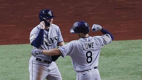 Brandon Lowe fue oportuno en la ofensiva de los Rays de Tampa Bay. Foto: AP