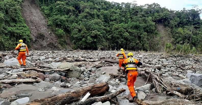 El equipo de rescatistas recorrieron este jueves recorrieron el sector de Bambito.