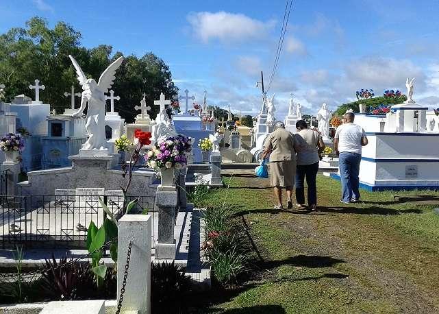 El 2 de noviembre, se permitirá la entrada a los cementerios, pero de forma controlada.