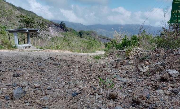 Las condiciones de la carretera han empeorado este año con las lluvias.