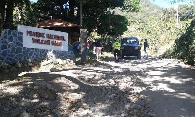 Al Parque Nacional Volcán Barú pueden ingresar 75 turistas y 15 vehículos por día, por el Puesto de Control.