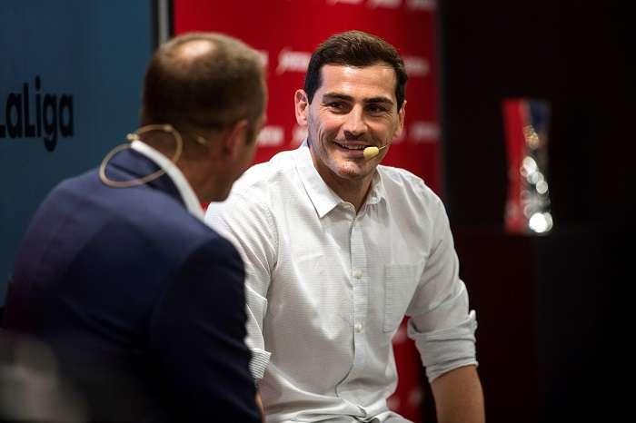 El portero del F.C.Oporto Iker Casillas, durante el acto en el que se le ha nombrado Embajador de Sportium en el Mundial de Rusia 2018./EFE