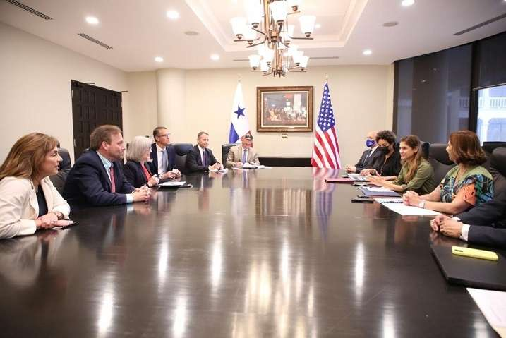 Cancillería de Panamá recibió hoy a un grupo de congresistas de EEUU liderado por la senadora Joni Ernst.