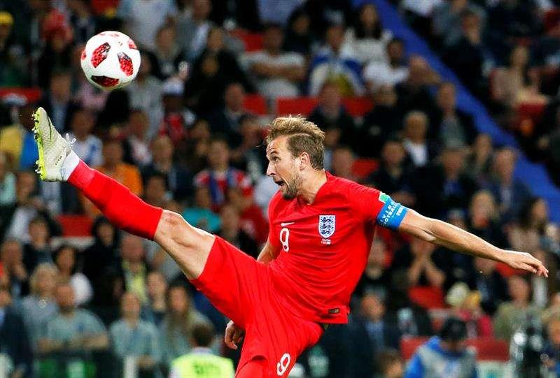 Harry Kane de Inglaterra en acción durante la ronda de octavos de final del Mundial de Rusia 2018. Foto EFE