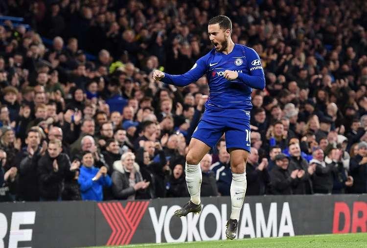 Eden Hazard de Chelsea celebra un gol este miércoles, en un partido de la Liga Inglesa. Foto: EFE