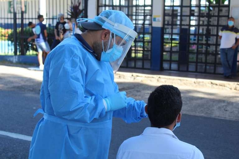 Para este viernes, el Minsa solo reporta la muerte por SARS-CoV-2 de una sola persona.