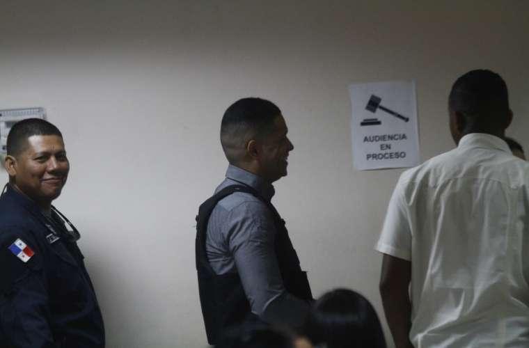 Ventura ha intentado en algunas ocasiones saludar al público. Foto: Edwards Santos Cruz