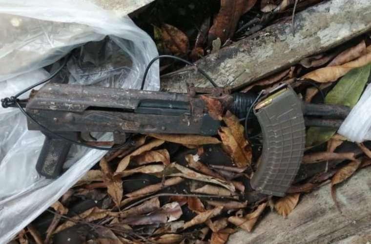 Parte de las armas que fueron decomisadas. Foto: Redes Sociales