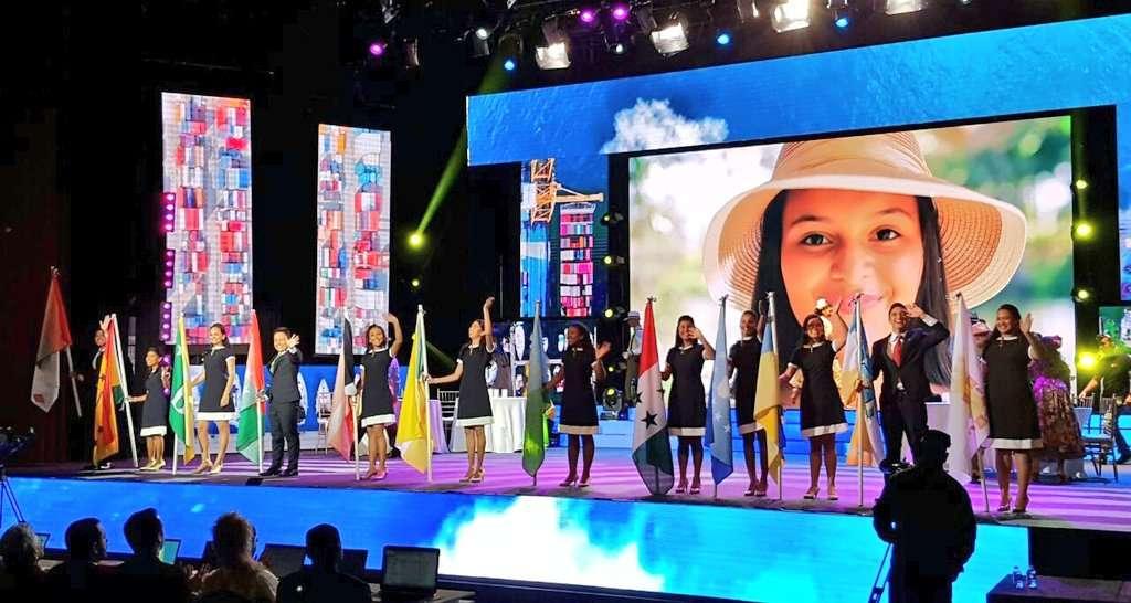 Ellos son los 12 mejores jóvenes oradores, son el presente y futuro de Panamá. Hoy buscarán alzarse con la tan anhelada Copa Oratoria 2017.  / Foto: @oratoriapanama