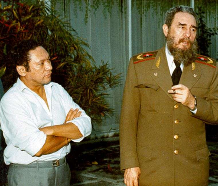 Manuel Antonio Noriega y Fidel Castro.