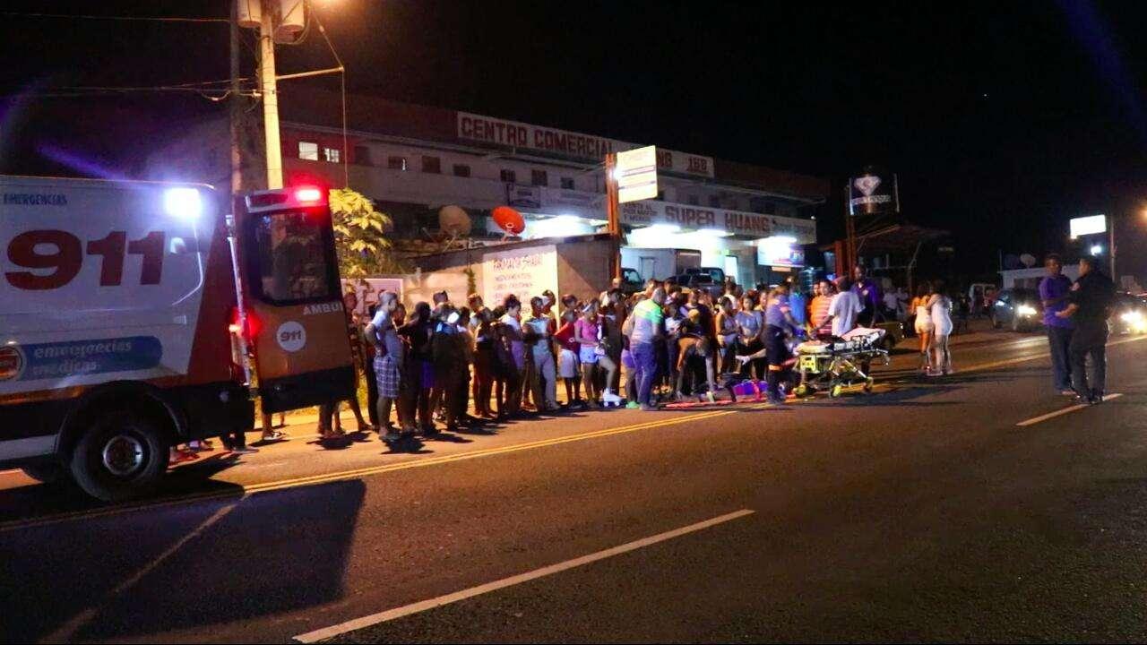 La esposa del conductor desmintió que este se dio a la fuga, ya que lo que hizo fue buscar como ayudar. / Foto: Delfia Cortez