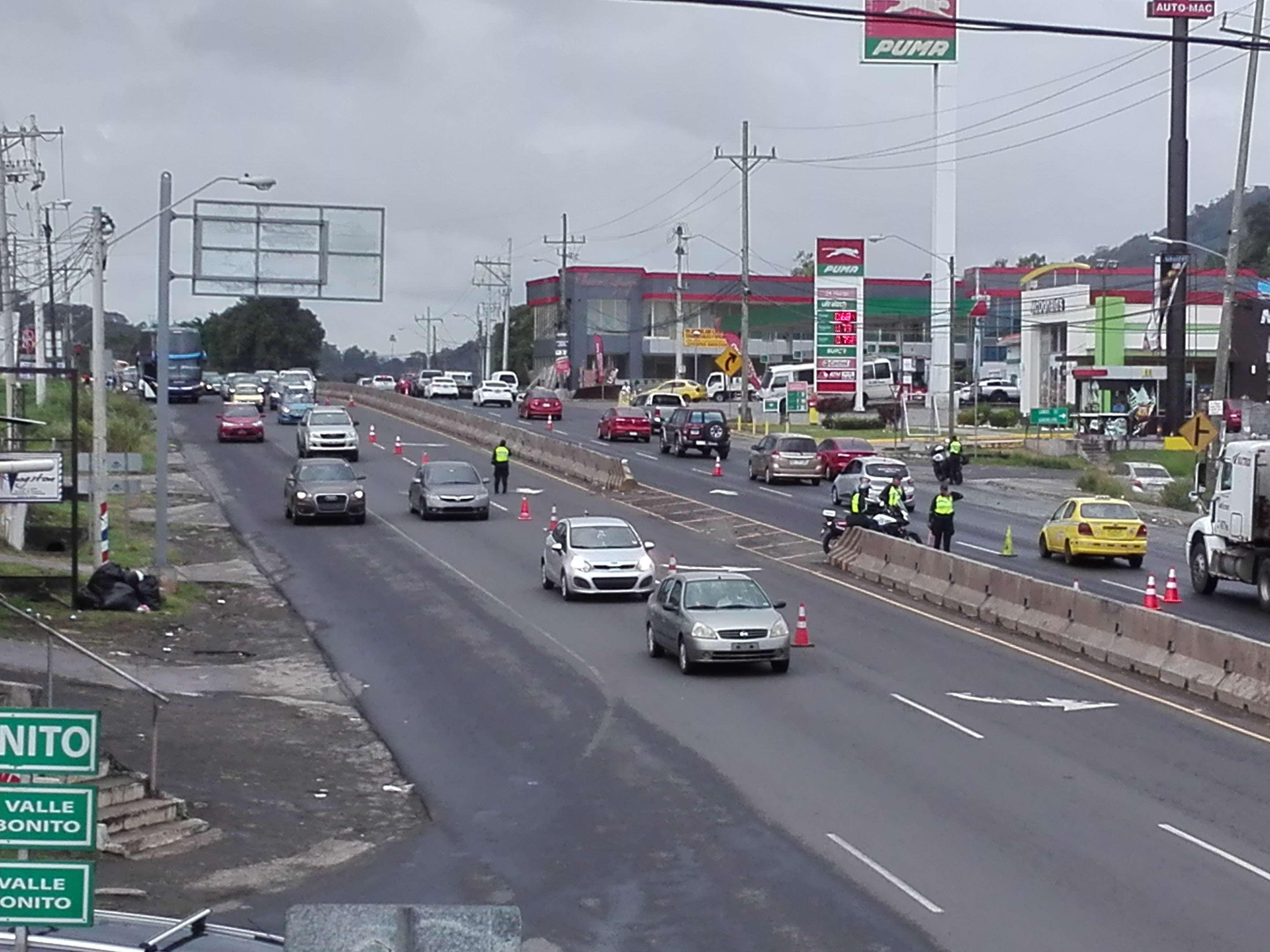La autopista Arraiján – La Chorrera, fue escenario de accidentes de tránsito, los cuales dejaron un saldo de varias personas lesionadas. /  Foto: Eric Montenegro