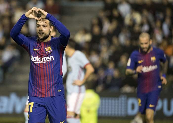 El delantero del Barcelona José Arnáiz (i) celebra su gol ante el Celta. Foto: EFE