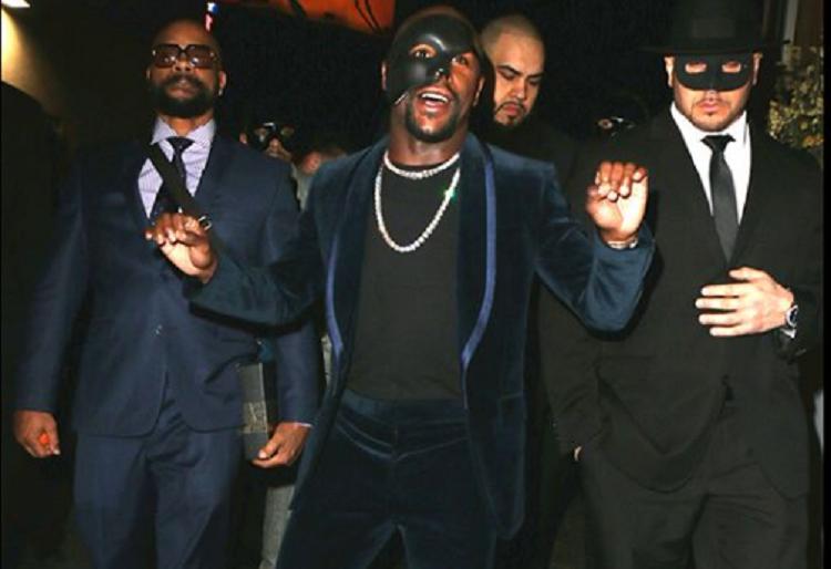 """El millonario bautizó a la fiesta como """"Bank of Mayweather"""". Foto: Instagram"""