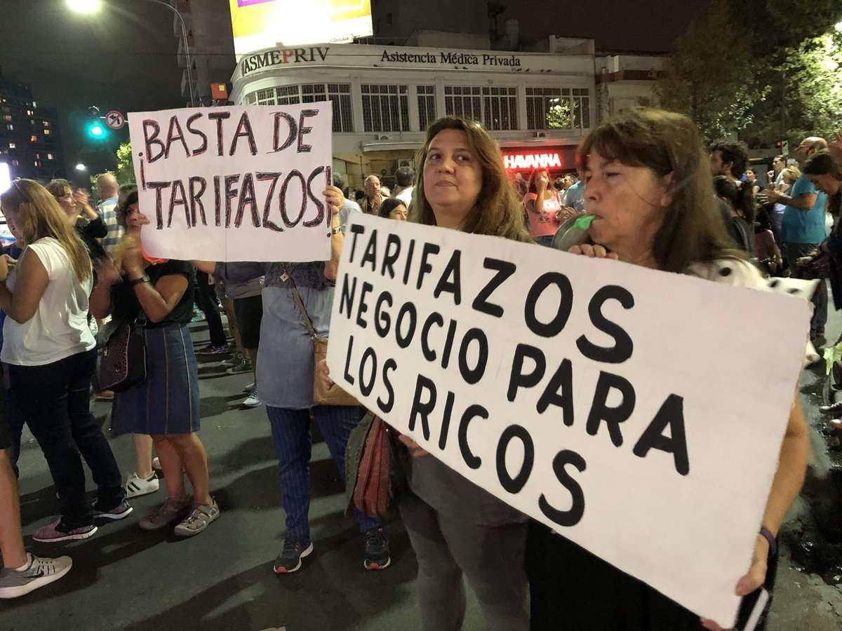 Imágenes del cacerolazo en las calles. Foto/@CBParqueChas