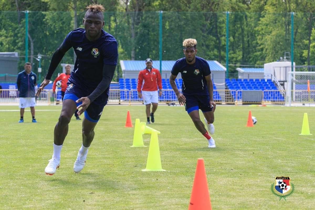 Jugadores de Panamá en su séptima jornada de entrenamiento en Saransk.