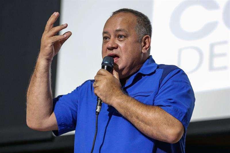 """El foro chavista dijo haber escogido a Cabello -""""un hombre probo, leal a la patria, que no ha dejado mal a la revolución bolivariana""""- tras un debate """"popular"""" que incluyó a varios sectores de la población. EFE/Archivo"""