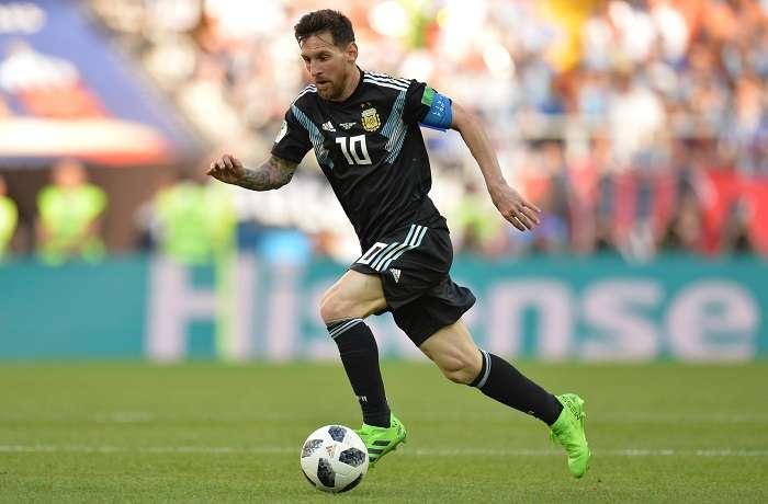 Messi durante el partido contra Islandia./EFE