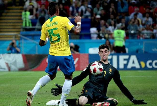 Thibaut Courtois fue una de las figuras de Bélgica contra la selección de Brasil.