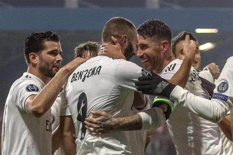 Jugadores del Real Madrid celebran uno de los goles anotados. Foto: EFE