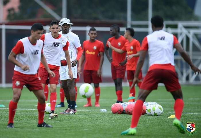 Jorge Dely Valdés, técnico de la selección nacional Sub20./ EFE