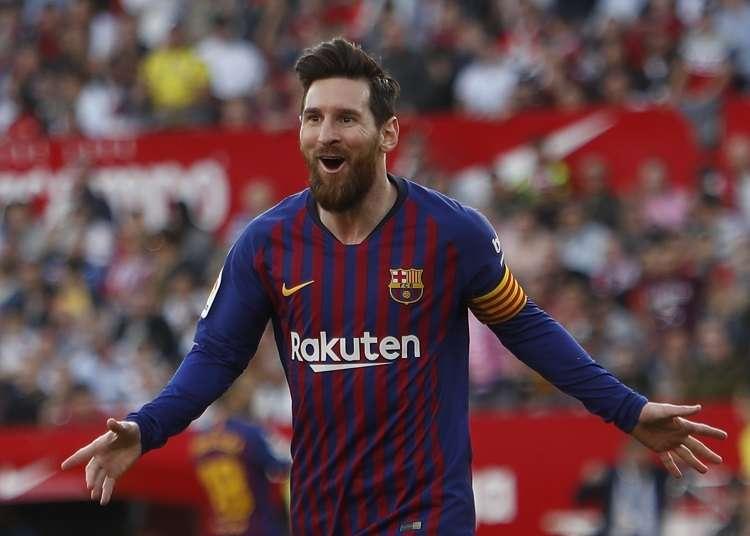 Lionel Messi celebra su anotación al Sevilla. Foto: EFE