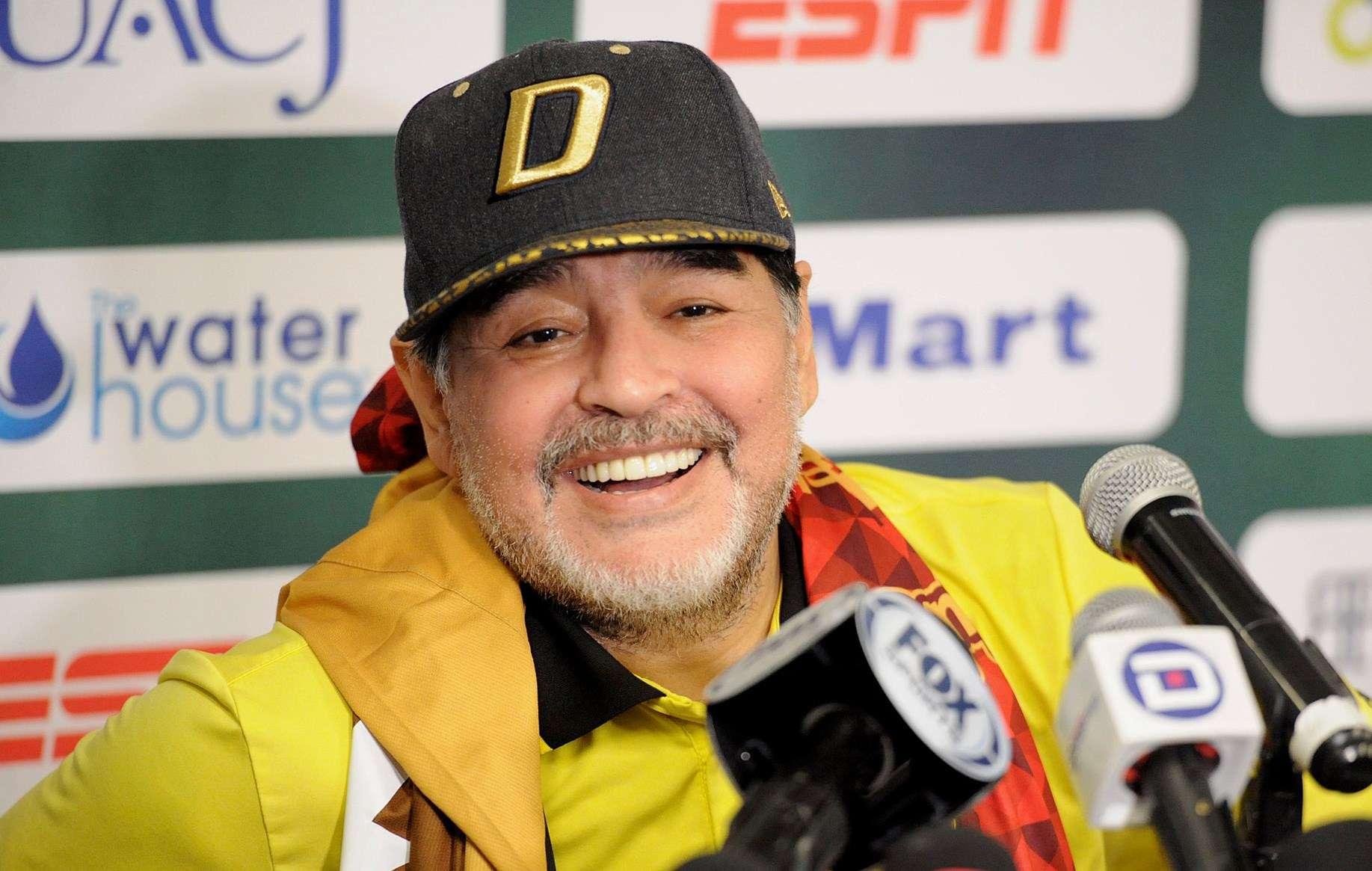 Diego Maradona, técnico actual de los Dorados de Sinaloa. / EFE