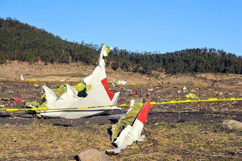 Imagen cedida por Ethiopia Airlines del lugar del accidente. EFE/EPA/Ethiopia Airlines