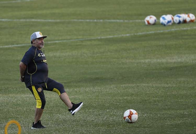 Maradona cumple su segunda temporada al frente de los Dorados de Sinaloa. Foto: AP