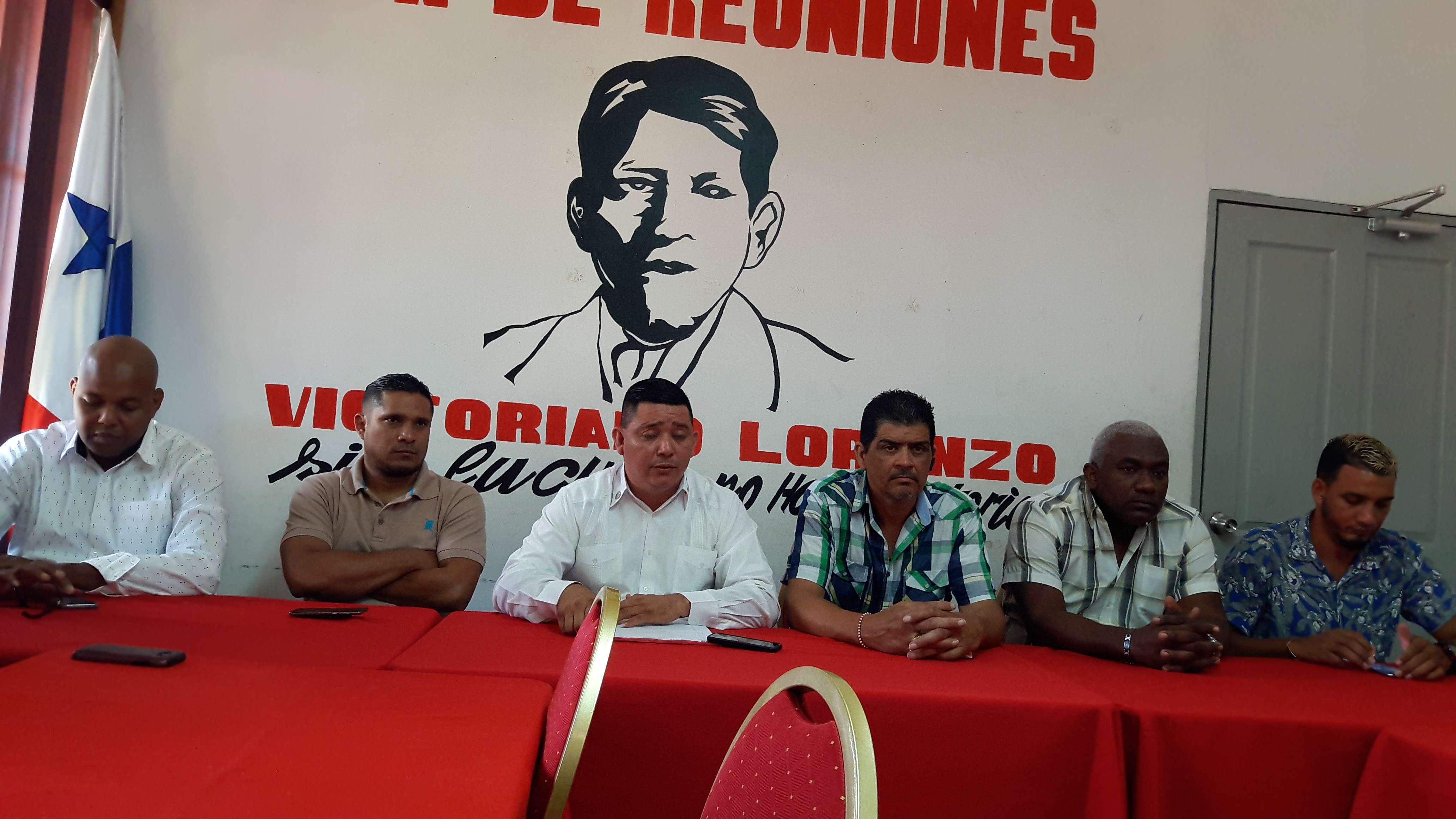Piden el respaldo de los conductores particulares para que también adopten la medida de presión. Foto: Jean Carlos Díaz