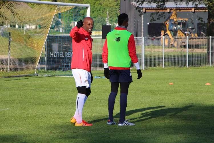 El seleccionador sub'20 Jorge Dely Valdés desplazó a Polonia a 23 jugadores. Foto: Fepafut