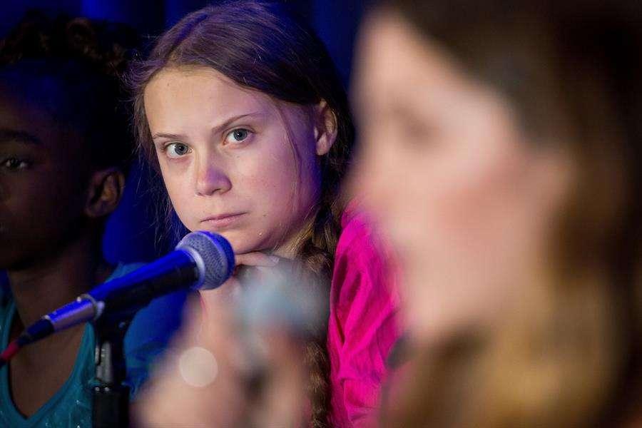En la imagen aparece la adolescente activista climática Greta Thunberg. EFE