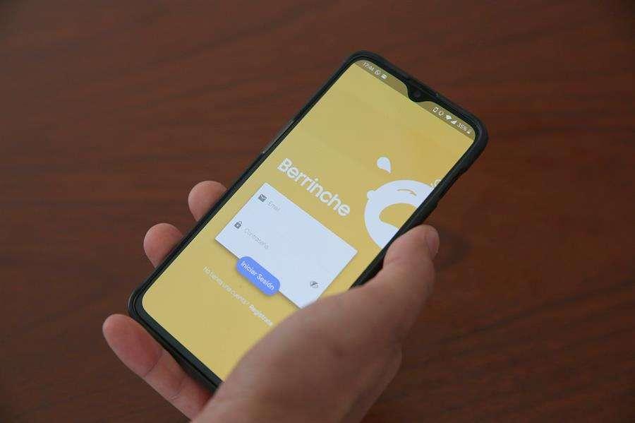 Una aplicación, desarrollada por dos estudiantes de la Universidad ORT de Uruguay, que es útil para los padres de niños con autismo. EFE