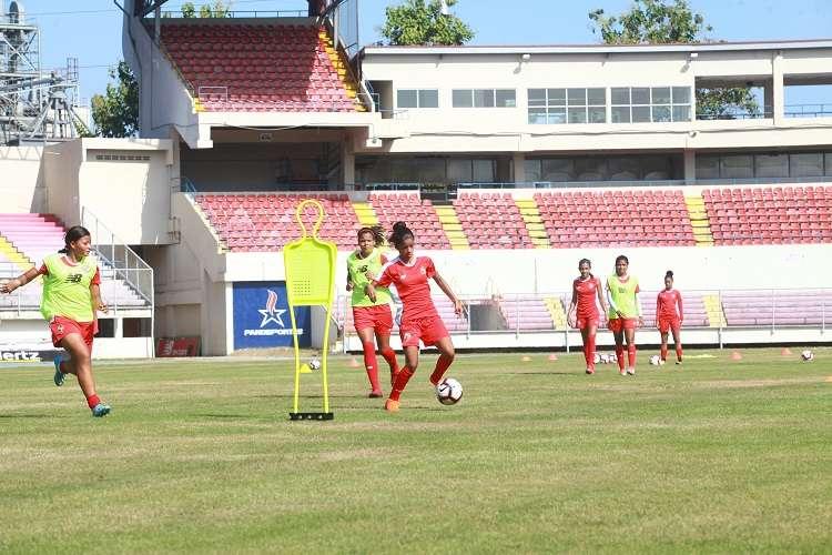 La selección femenina continuará con sus trabajos de preparación. Foto: Anayansi Gamez