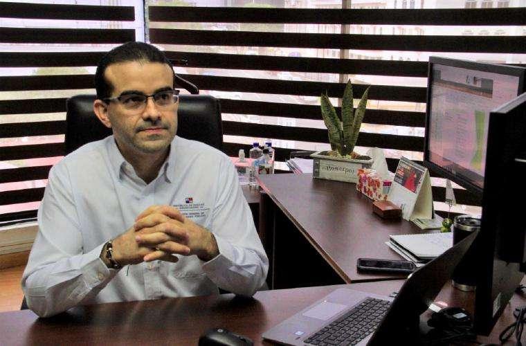 Raphael Fuentes, director general de Contrataciones Públicas.