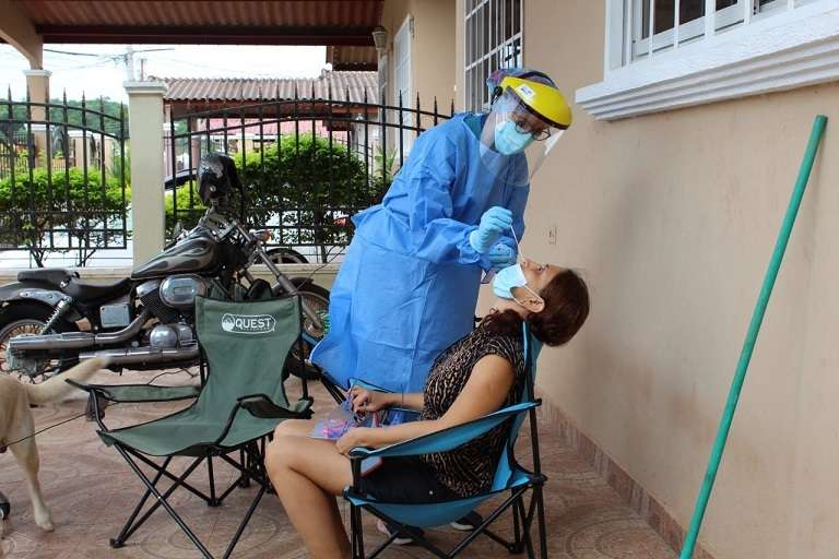 El Equipo Unificado de Trazabilidad continúa realizando pruebas de hisopados en diferentes sectores del distrito de San Miguelito.