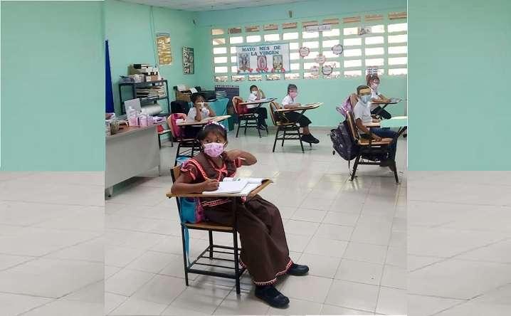 En las escuelas de El Lirio y Santa Cruz del corregimiento de El Arado en La Chorrera, la alegría por retornar a clases, era evidente.