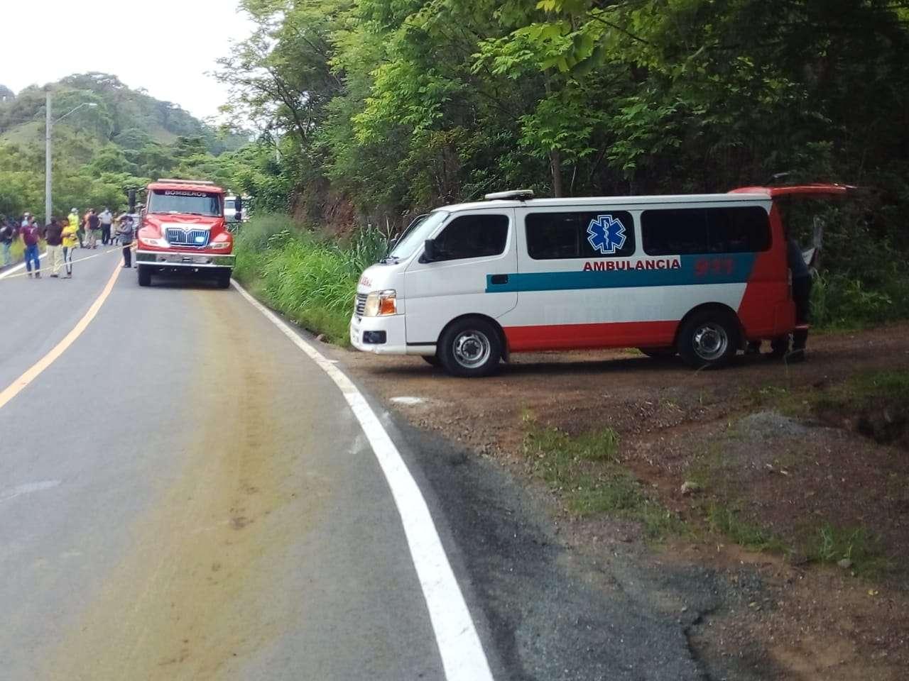 La víctima quedó tendida en la carretera, su muerte fue inmediata.