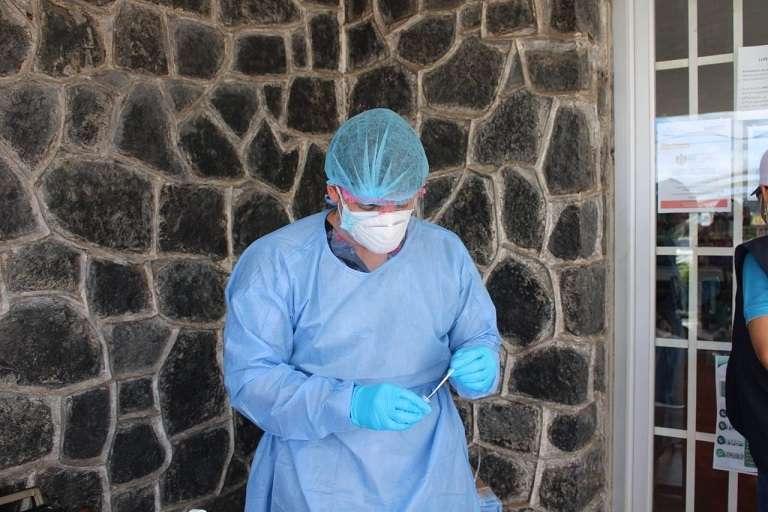 Los pacientes que han requerido hospitalización suman 521, de los cuales 446 mantienen recluidos en salas regulares y 75 en diferentes Unidades de Cuidados Intensivos (UCI), a nivel nacional.
