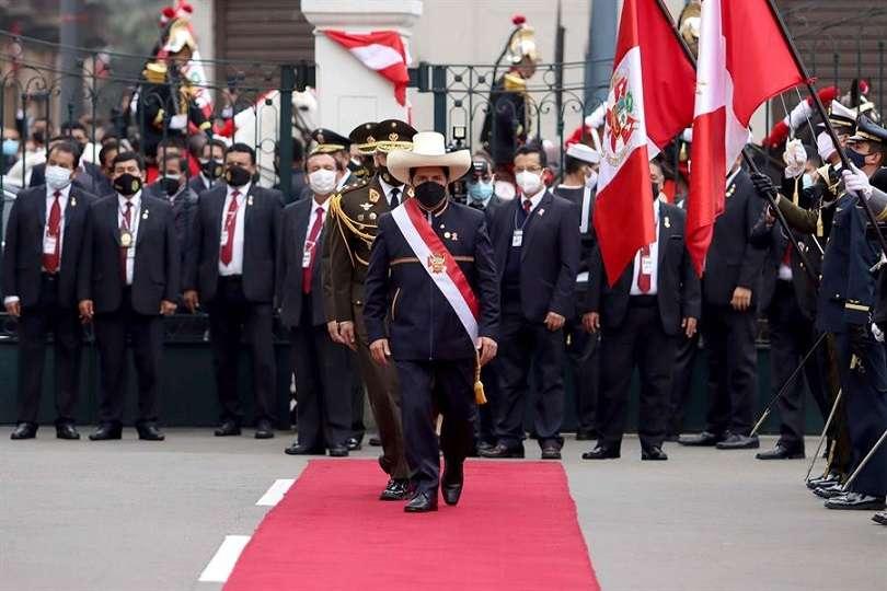 Pedro Castillo asumió este miércoles la Presidencia del Perú para el período 2021-2026. EFE