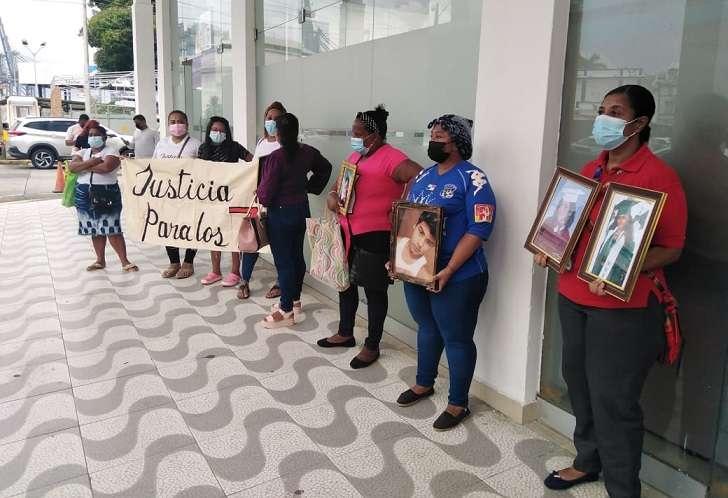 La familia de las víctimas de la 'Masacre del Búnker' exigen justicia. Foto: diomedes Sánchez