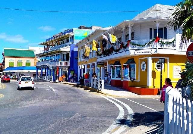 Vista general isla Gran Caimán. Foto: Pixabay