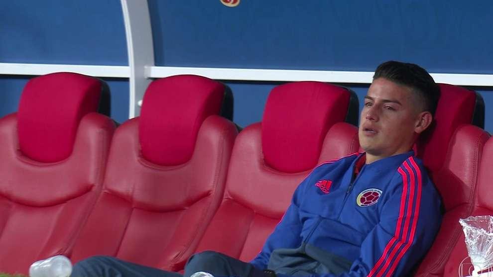 El colombiano James Rodríguez no pudo jugar por lesión.