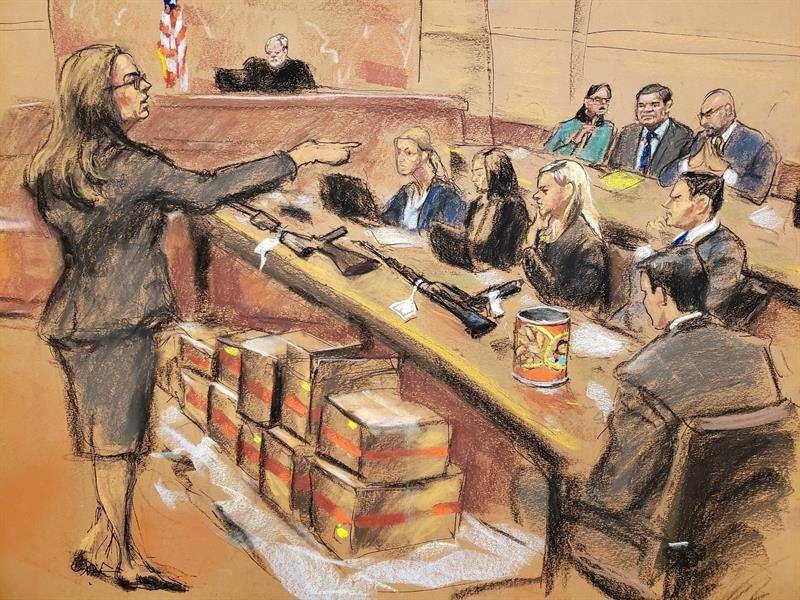 """En una intervención de seis horas y cuarenta minutos, la fiscal Andrea Goldbarg insistió en que """"después de revisar esta montaña de evidencias se ha podido demostrar"""" que el acusado, que podría enfrentarse a cadena perpetua, es culpable. EFE"""