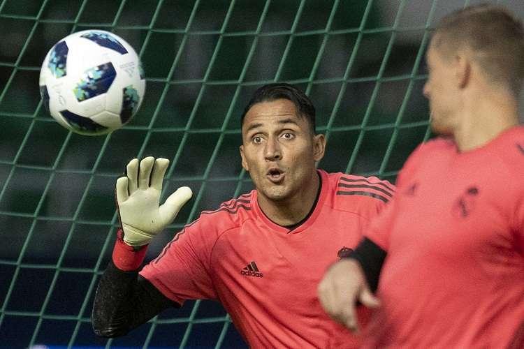 El costarricense Keylor Navas alimenta el debate en la portería tras la Supercopa. Foto: AP