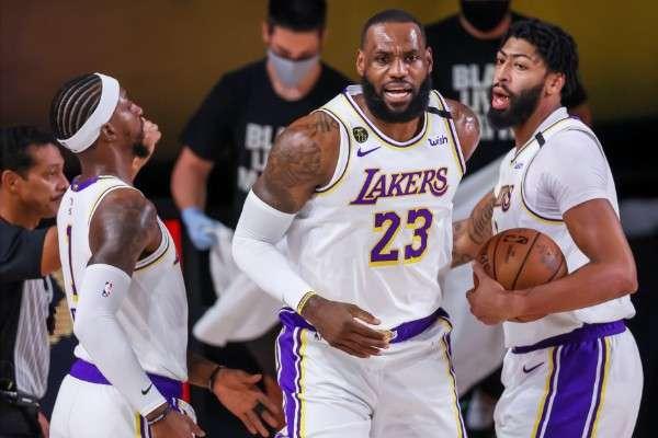 Los Lakers se impusieron fácilmente a los Houston Rockets. Foto: EFE
