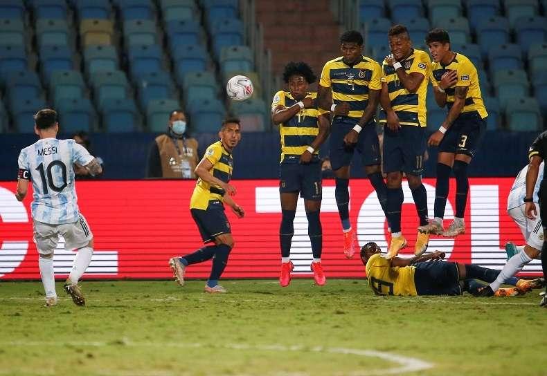 Lionel Messi marcó el tercer gol albiceleste. /Foto: EFE