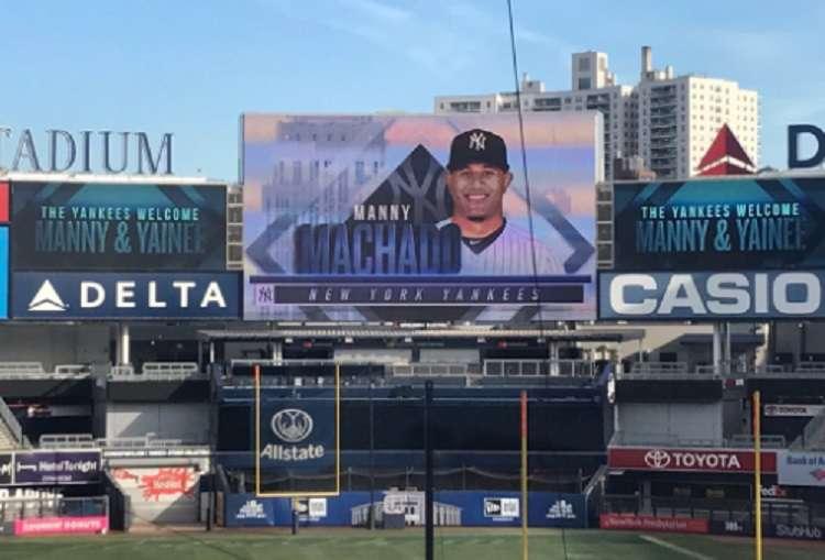 Manny Machado en la pantalla del Yankee Stadium. / Foto Archivo