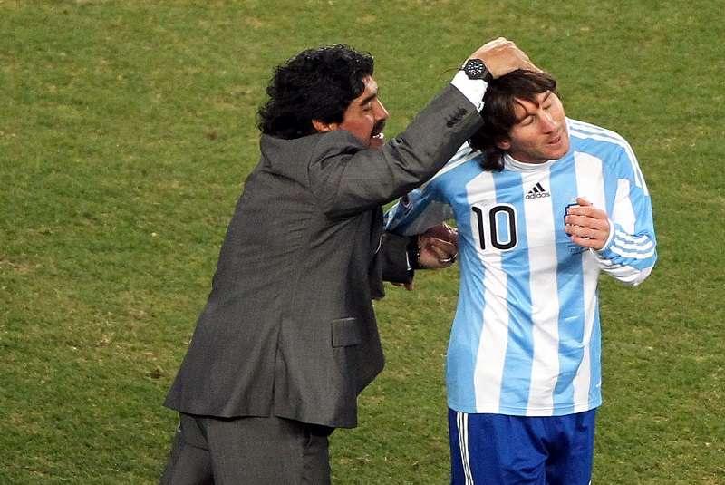 Diego Maradona y Lionel Messi