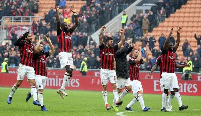Los jugadores del AC Milan festejan el triunfo. / AP